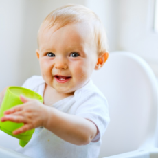 Transitioning Baby to Cow's Milk and Plant-Based Beverages