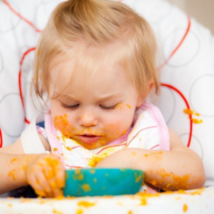 Food to Fit Your Baby: Introducing Solid Foods