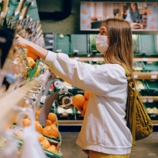 8 Steps to Safer Grocery Shopping During COVID-19 Pandemic
