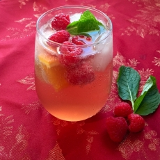 Fresh, Festive Fruit & Mint Punch